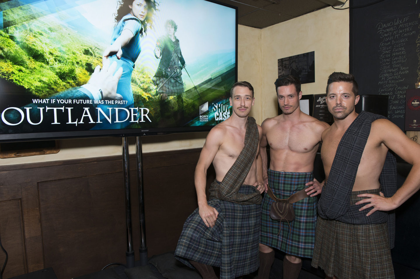 I Saw the Premiere of #Outlander and It's Steamy…