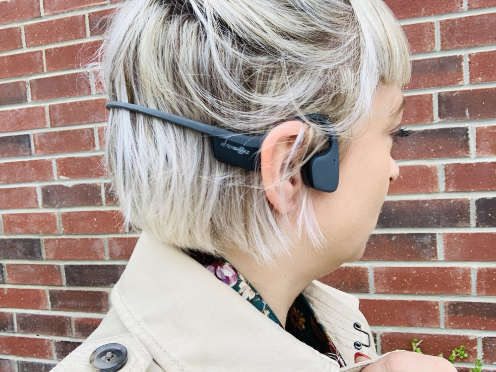 Review +Wireless Headphones Giveaway: AfterShokz Trekz Air
